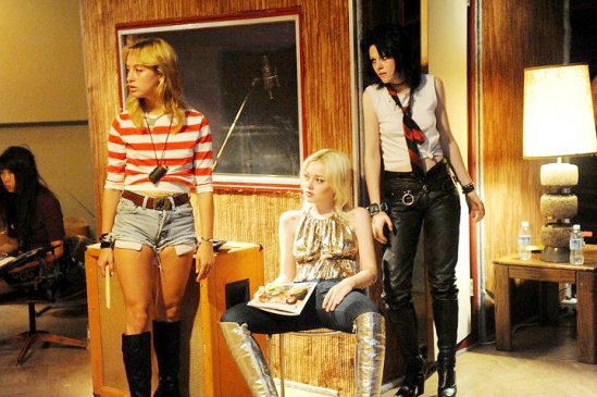 Stella Maeve in 'The Runaways' (2010) with Dakokta Fanning & Kristen Stewart